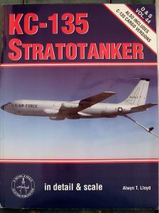 Detail & Scale 44 - KC-135